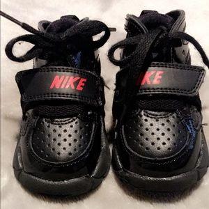 Nike Huarache TD size 3c